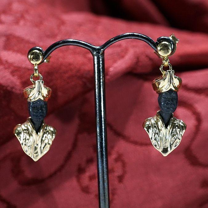 MORETTI EARRINGS #blackamoors #blackamoor #ring #earrings #maure #mori #moros #venezia #venise #blackamoorsearrings #moretti #accessori #eccentrico #style #stileunico #stile #arte #art #gioielli #dogale