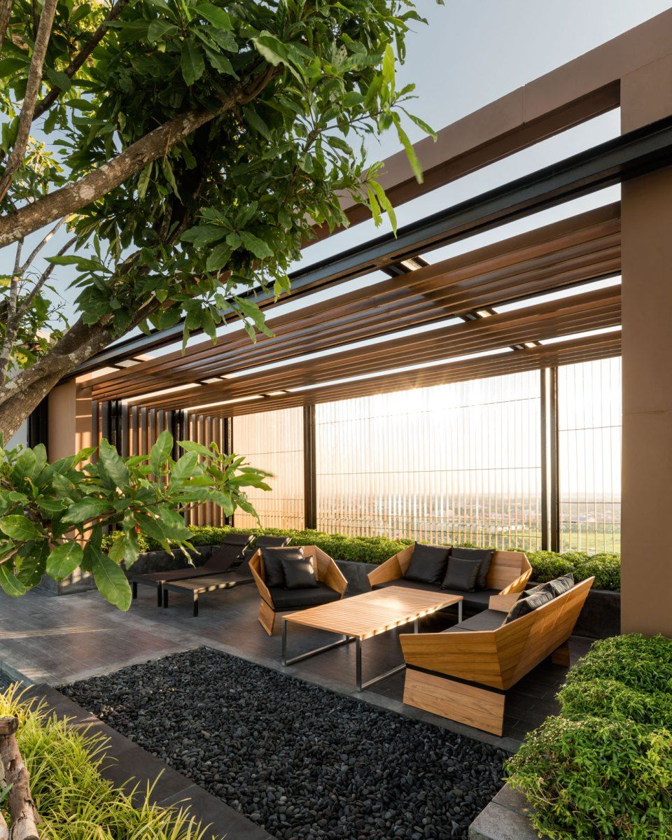 Rooftop Garden Designs For Small Spaces: Sansiri-TheBaseKK-053