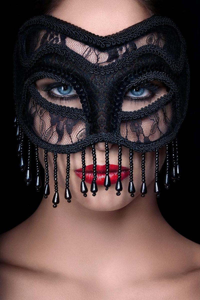 Masquerade decorations you make yourself - I Could See Lady Xandra Wearing This In The Stolen Chalice Couldnt You