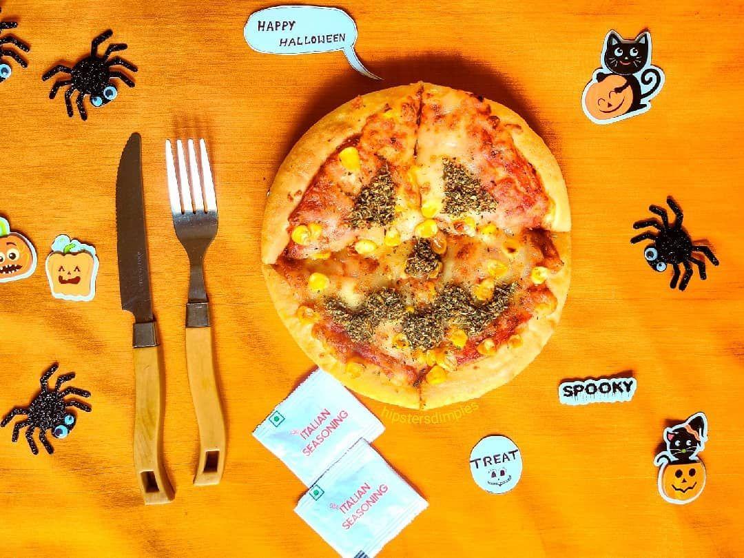 No tricksonly Treatsitsybitsycraftstore Celebrating this day with my favourite pizzahutindia pizzahut Happy Halloween Every one