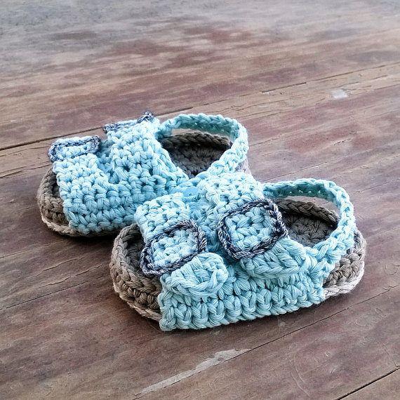 Crochet PATTERN. Birkenstock style baby sandals | Babyschühchen ...