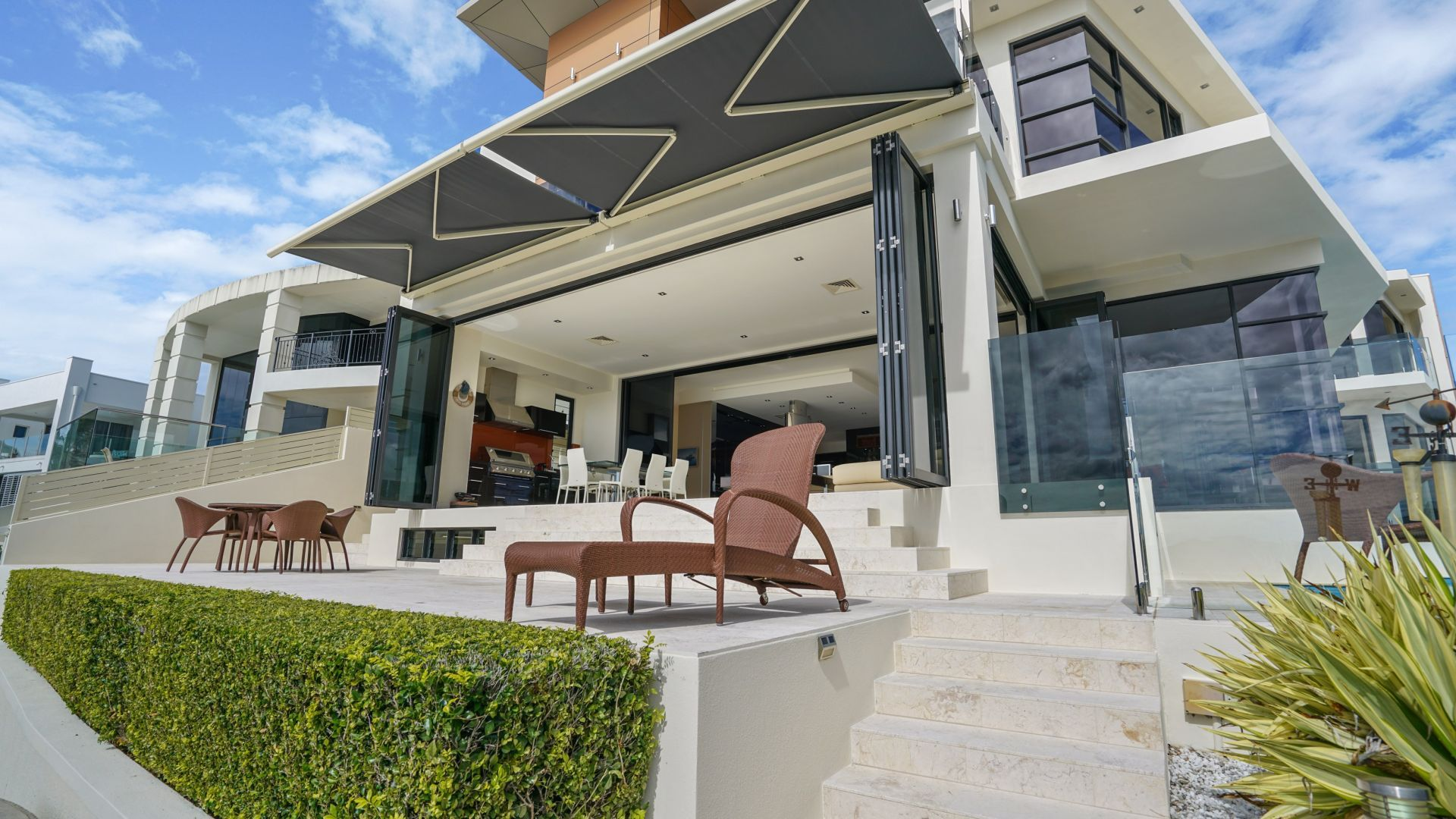 Retractable Motorised Folding Arm Awning Roof Systems Brisbane Awning Roof Roofing Systems Awning