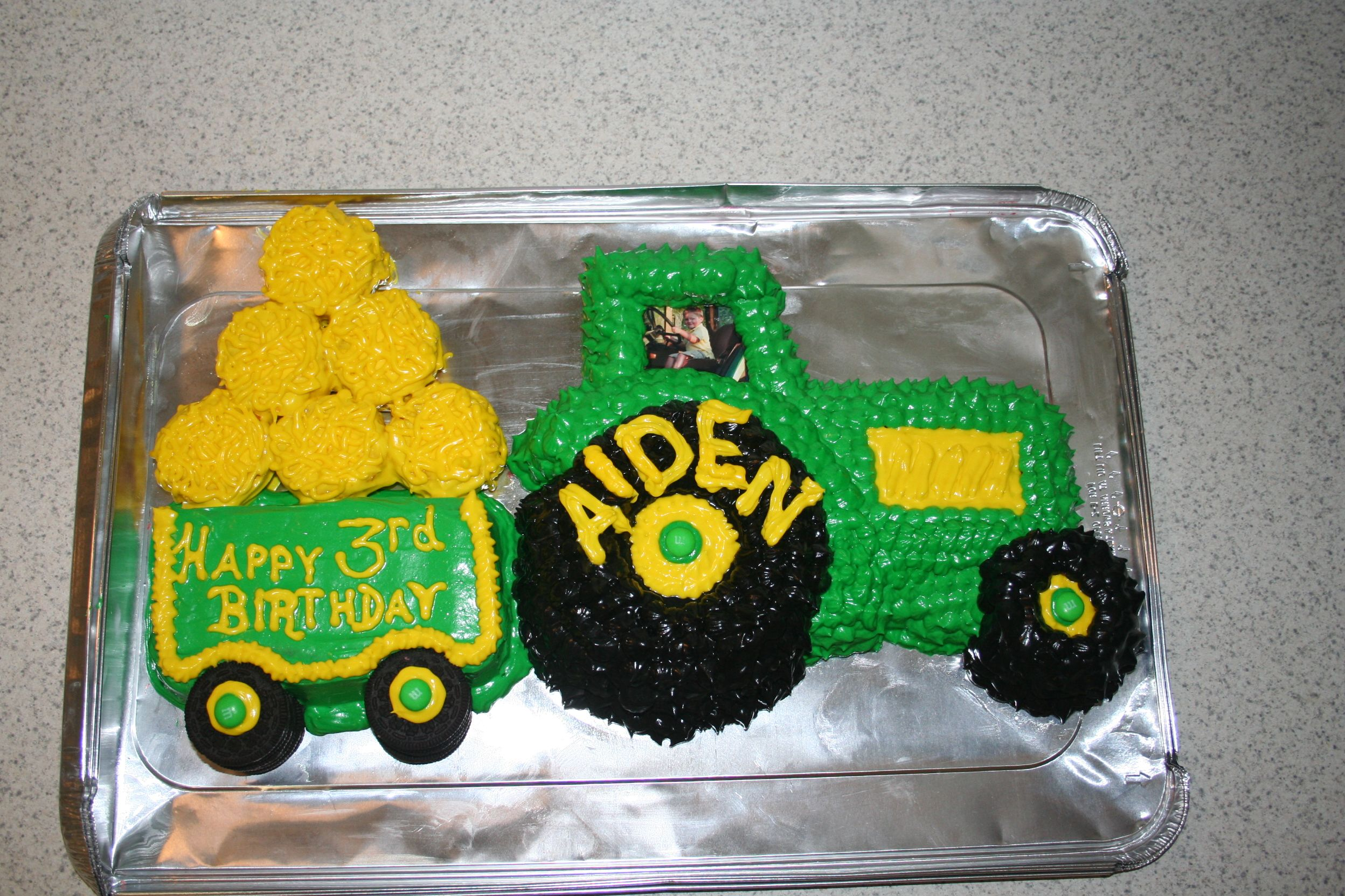Tractor birthday cakeThis is the first decorative cake I ever made