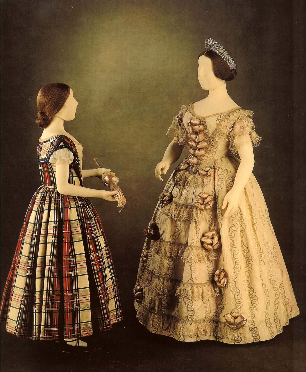 Dress Worn By Queen Victoria Opening Of The Crystal Palace May 1851 And A Dress Thought To Be Wo Queen Victoria Family Young Queen Victoria Victoria Fashion [ 1280 x 1053 Pixel ]