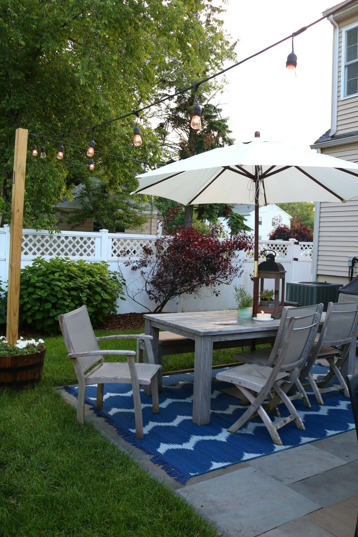 Awesome 47 Creative Diy Simple Small Backyard Makeovers Ideas More At Http Decoratrend Com 2018 09 11 47 Small Backyard Landscaping Backyard Small Backyard