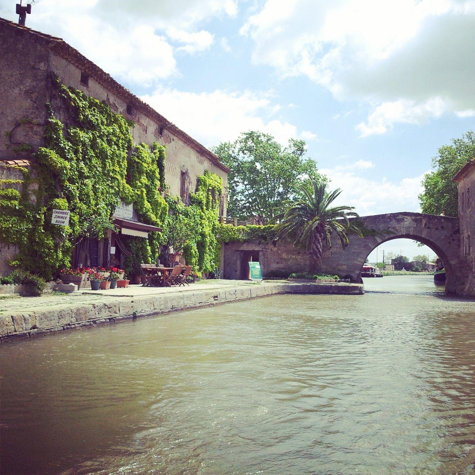 Canal du Midi en bateau - Agde, Cap d'Agde ; Narbonne , Béziers ; Carcassonne ;Toulouse