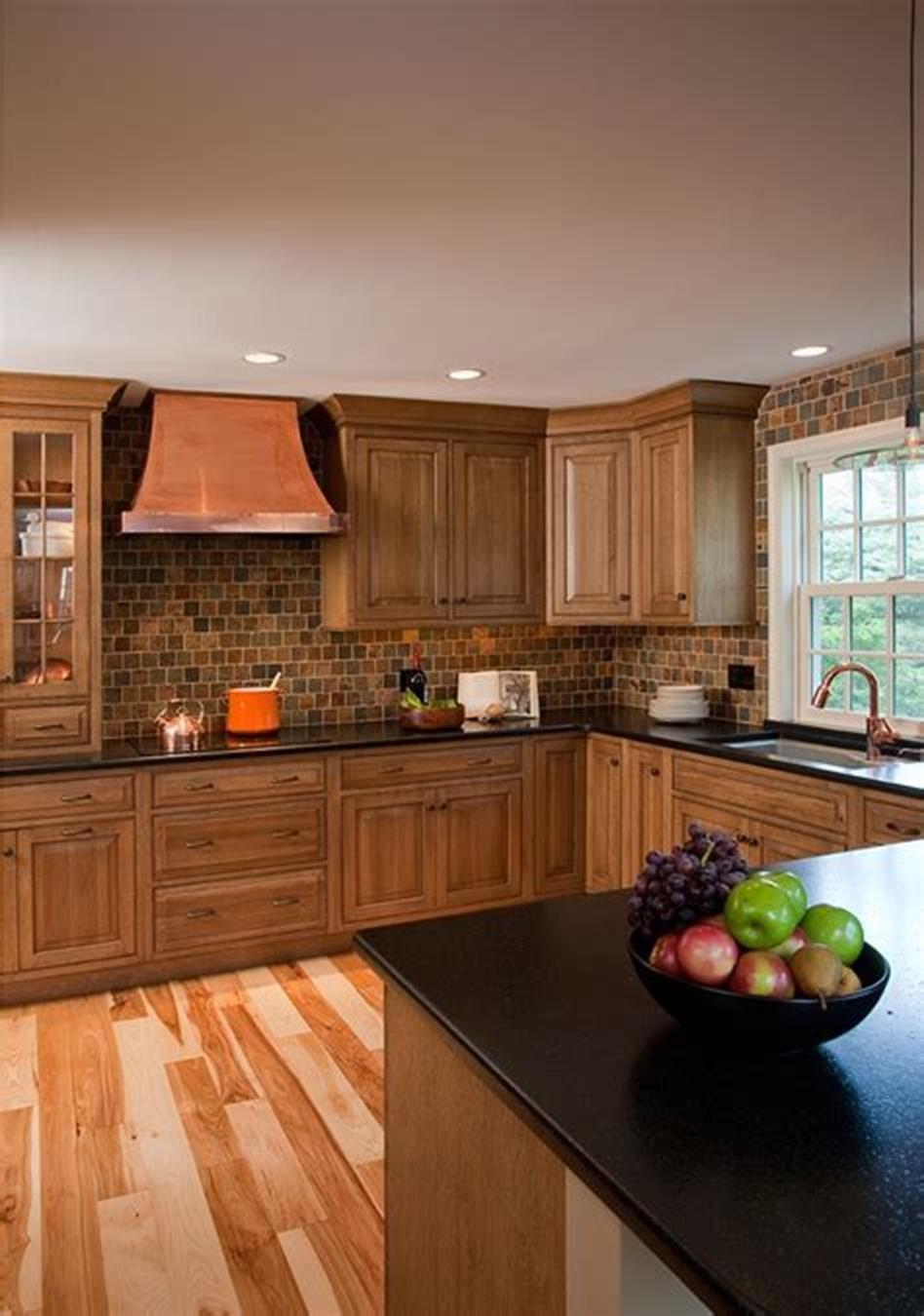 Border Oak Farmhouse Kitchen Small farmhouse kitchen
