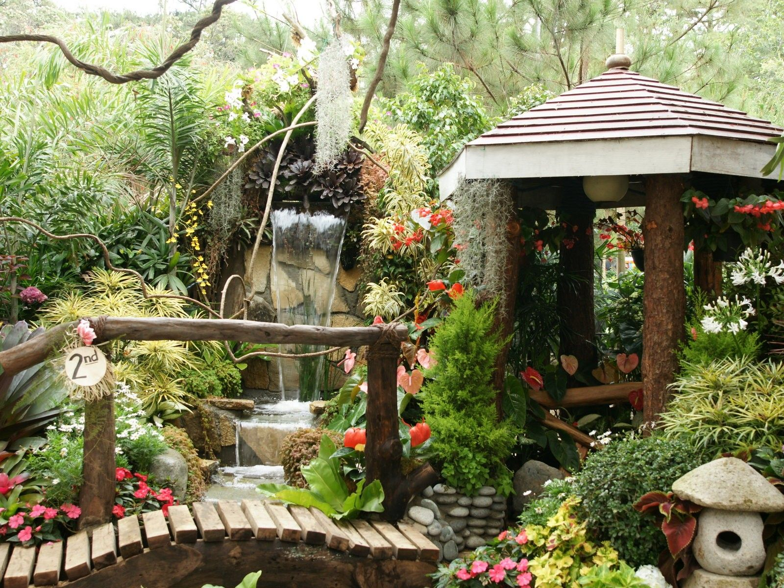 stunning-tropical-gardens-home-decorating-design-with-waterfall ...