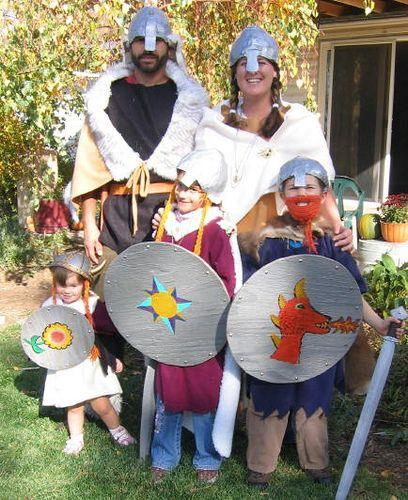The Viking Family - Great Halloween Costume Idea! Love the boy\u0027s - halloween costume ideas for family