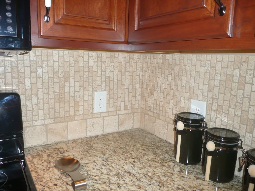 Wonderful Santa Cecilia Backsplash Ideas Part - 11: FT Light Travertine Backsplash With Santa Cecilia Granite