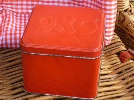 Vintage Oxo Tin - The Picnic Patch