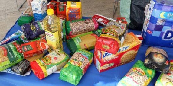 Escuela Espacio De Paz Campana De Navidad 2015 Recogida De Alimentos No Perecederos Campanas De Navidad Escuela Paz
