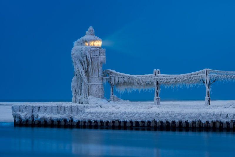 Frozen LighthouseGlenn Nagel