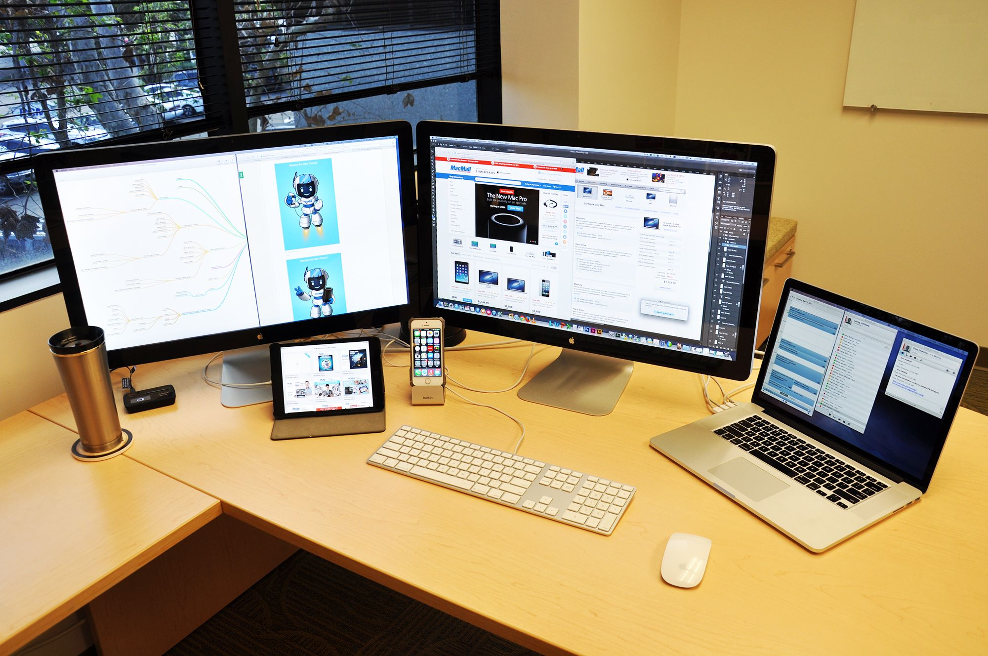 Mac Workstation Of Tony Layug Advertising Creative Vp The
