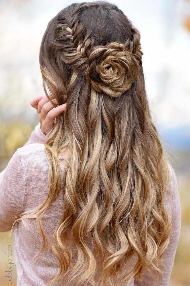 21 Flattering Long Hairstyles For Valentines Day Lovehairstyles Com Long Hair Styles Hair Styles Prom Hairstyles For Long Hair