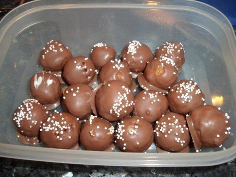 Photo of Eggnog chocolates with ladyfingers – recipe
