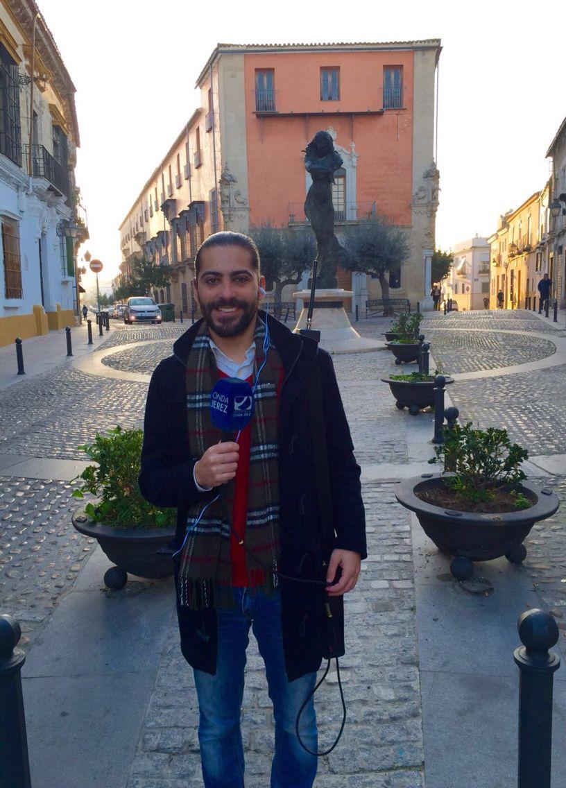 Estamos en el barrio de San Miguel con Juan Garrido, colaborador del programa. @CONTIGOALDIA_OJ @OndaJerezRTV