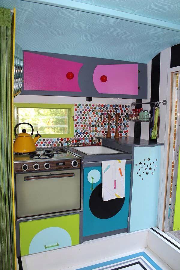 tinyhousedarling:   Life in 60 sq ft...