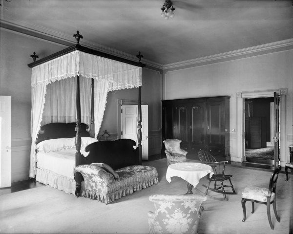 Queens' Bedroom or Rose bedroom of the White House in 1920 ...1920s White House