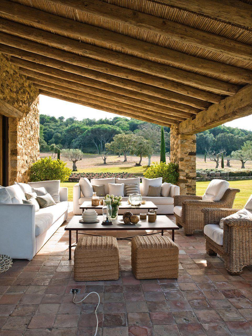 Terrace beautiful rustic outdoor living space el for Terrazas decoradas