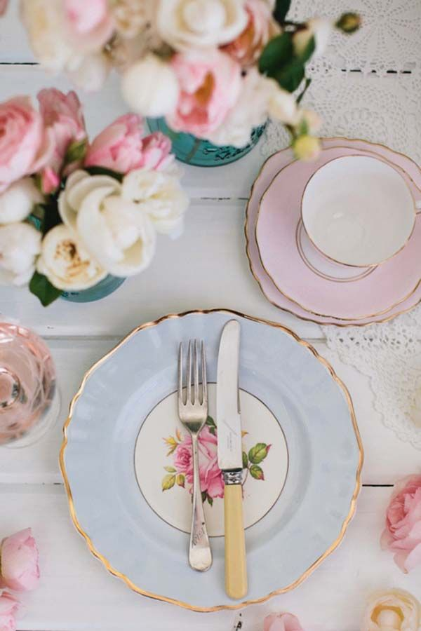 Pretty tablescape ideas...