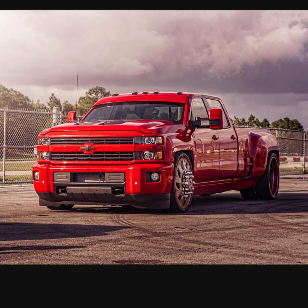 2015 Chevrolet Silverado 3500 Dually Custom