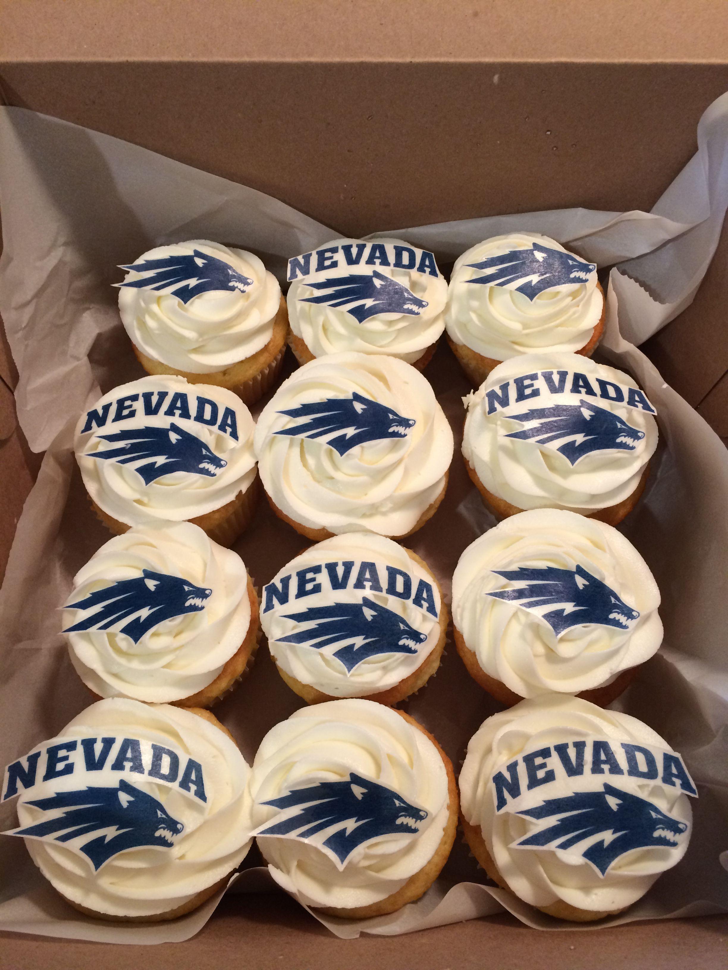 Wolf Pack Cupcakes Unr Reno Nevada Cakeonsunday Wolfpack College Graduation Universityofnevada