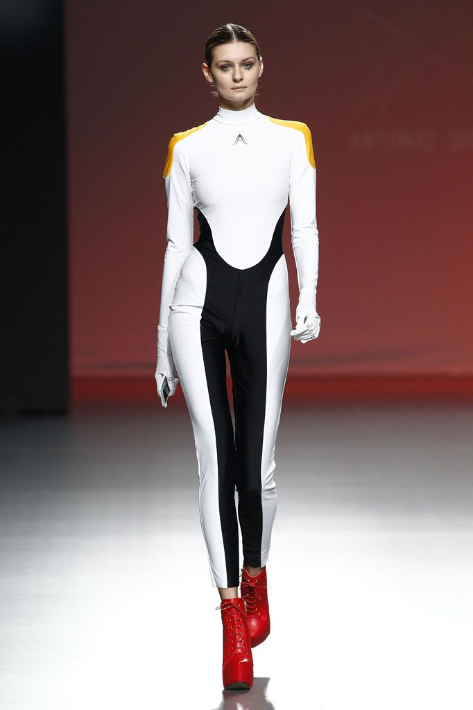 Futuristic Fashion Model Royalty Free Stock Photos: Future Fashion