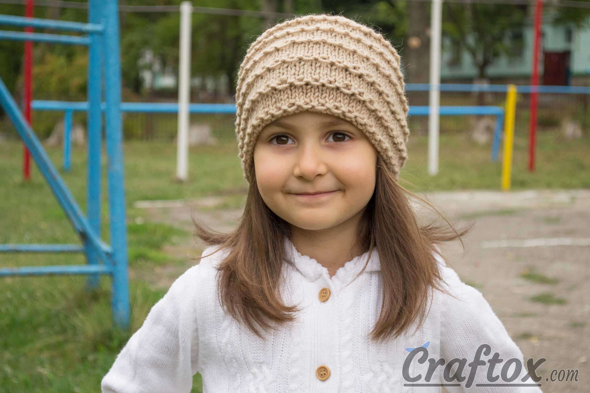 Easy beanie knitting pattern. Free. Front view. | Knitting ...
