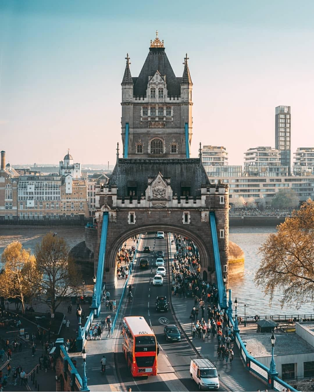 London On Instagram Happy Friday Everyone Stunning Views Of Towerbridge Courtesy Of Theliamman If Y London Sightseeing Tower Bridge London London City