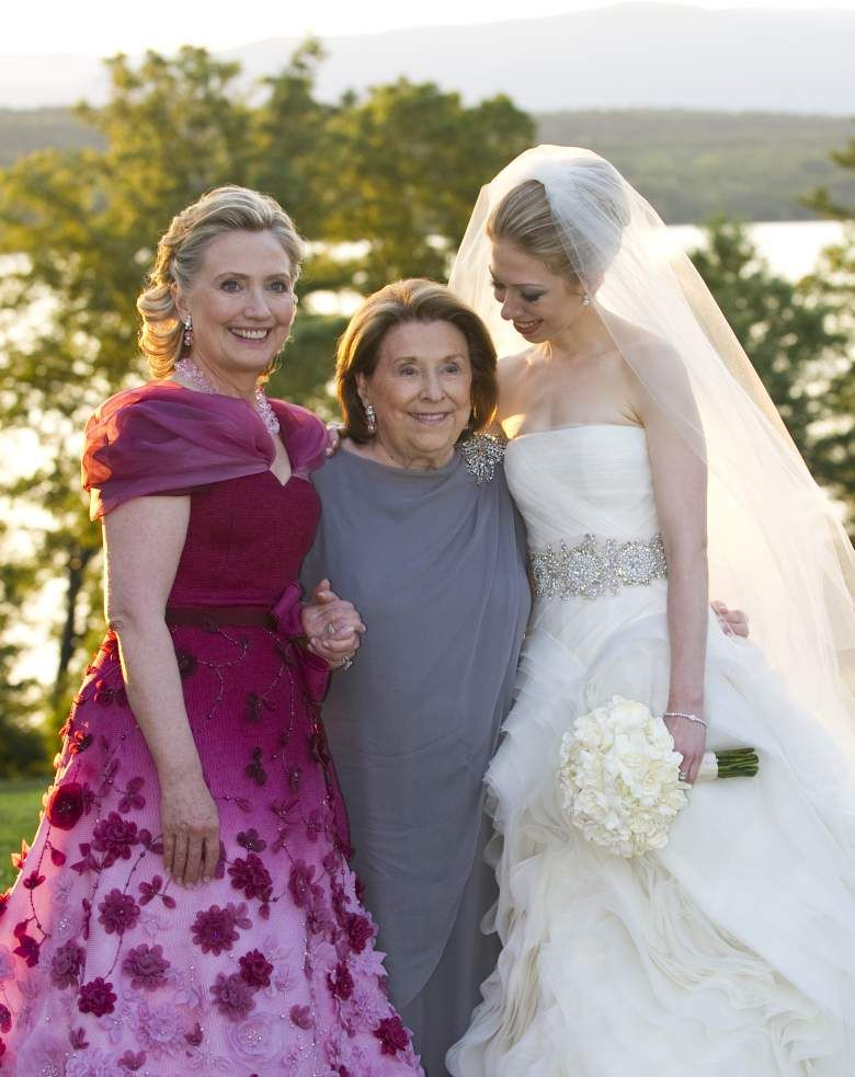 Chelsea Clinton On Her Wedding Day With Mom And Grandma