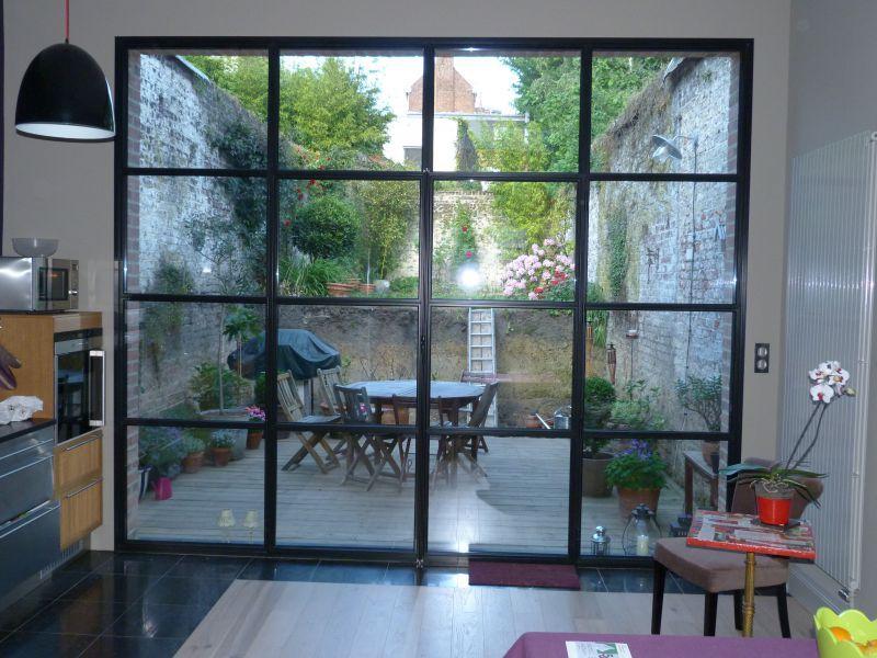 grande baie vitr e acier avec les profil s fineline dmvs. Black Bedroom Furniture Sets. Home Design Ideas