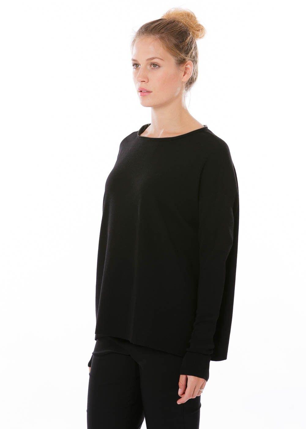 Strickpullover Grace von annette görtz bei nobananas mode #nobananas #annettegörtz #knit #pullover #black #long #neck #viscose #fw16 #round
