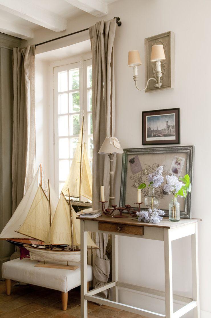 Jolie maison de campagne au design romantique en France | Nautical ...