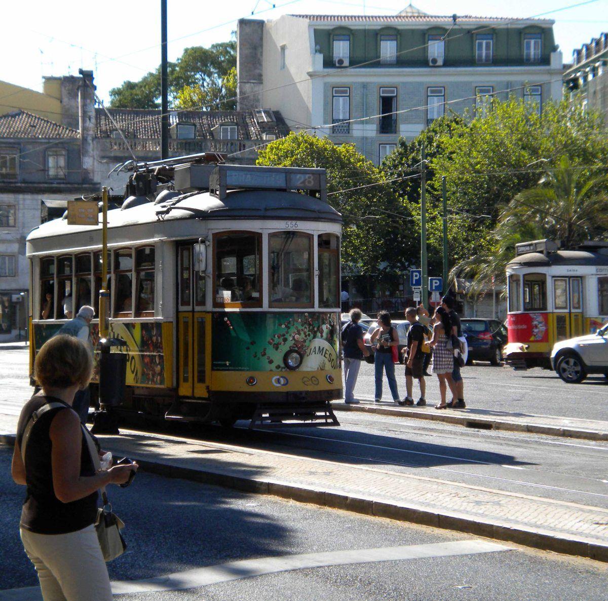 Tranvía de la línea 28 de Lisboa