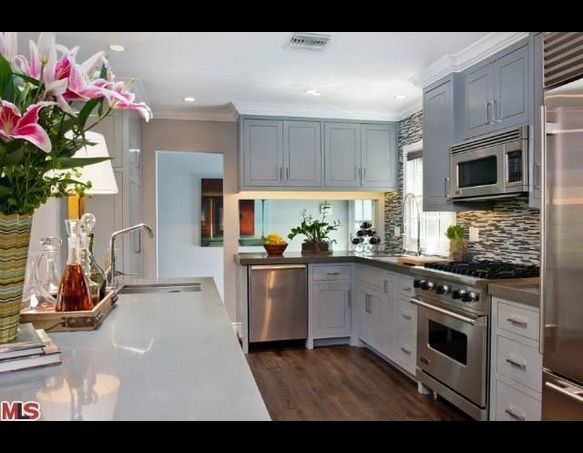 Jeff Lewis' Spring Oak Home. this kitchen! backsplash and ... on kitchen paint colors with dark cabinets, kitchen shelves instead of cabinets, flush inset cabinets,