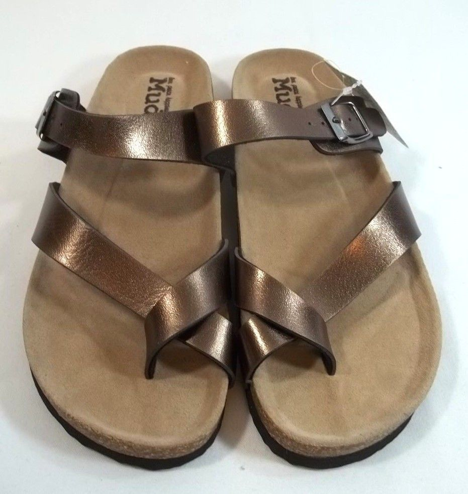 3ad21e806cbdc4 Mudd Toe Loop Sandals Cork Bed Copper Color Size M 7 to 8 Slip On  Mudd   FlatSandals  Casual