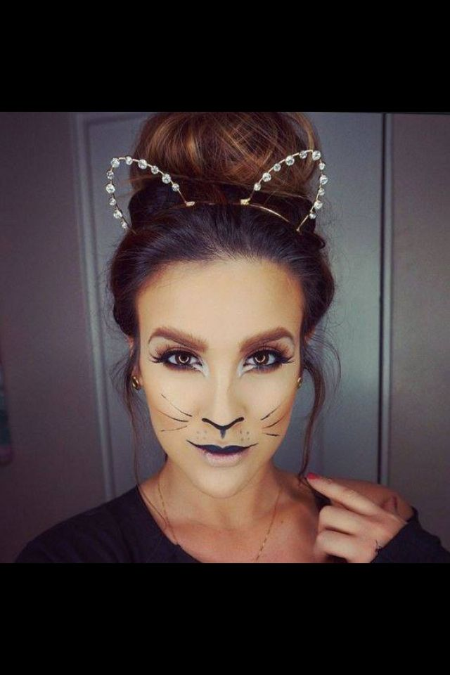 cat face makeup for halloween make up cat halloween. Black Bedroom Furniture Sets. Home Design Ideas