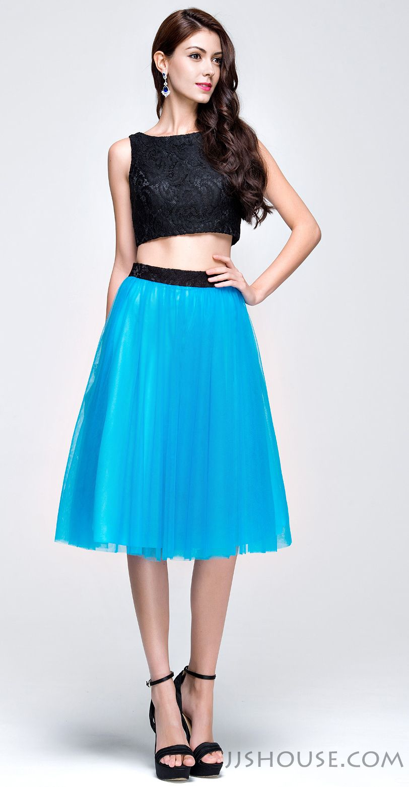 Radiate vibrance on your prom night in this bold prom dress ...