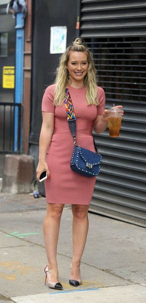 b6b2d3af11 Hilary Duff Bandage Dress – Hilary Duff flaunted her curves in a pink  bandage dress on the set of 'Younger.' 2017
