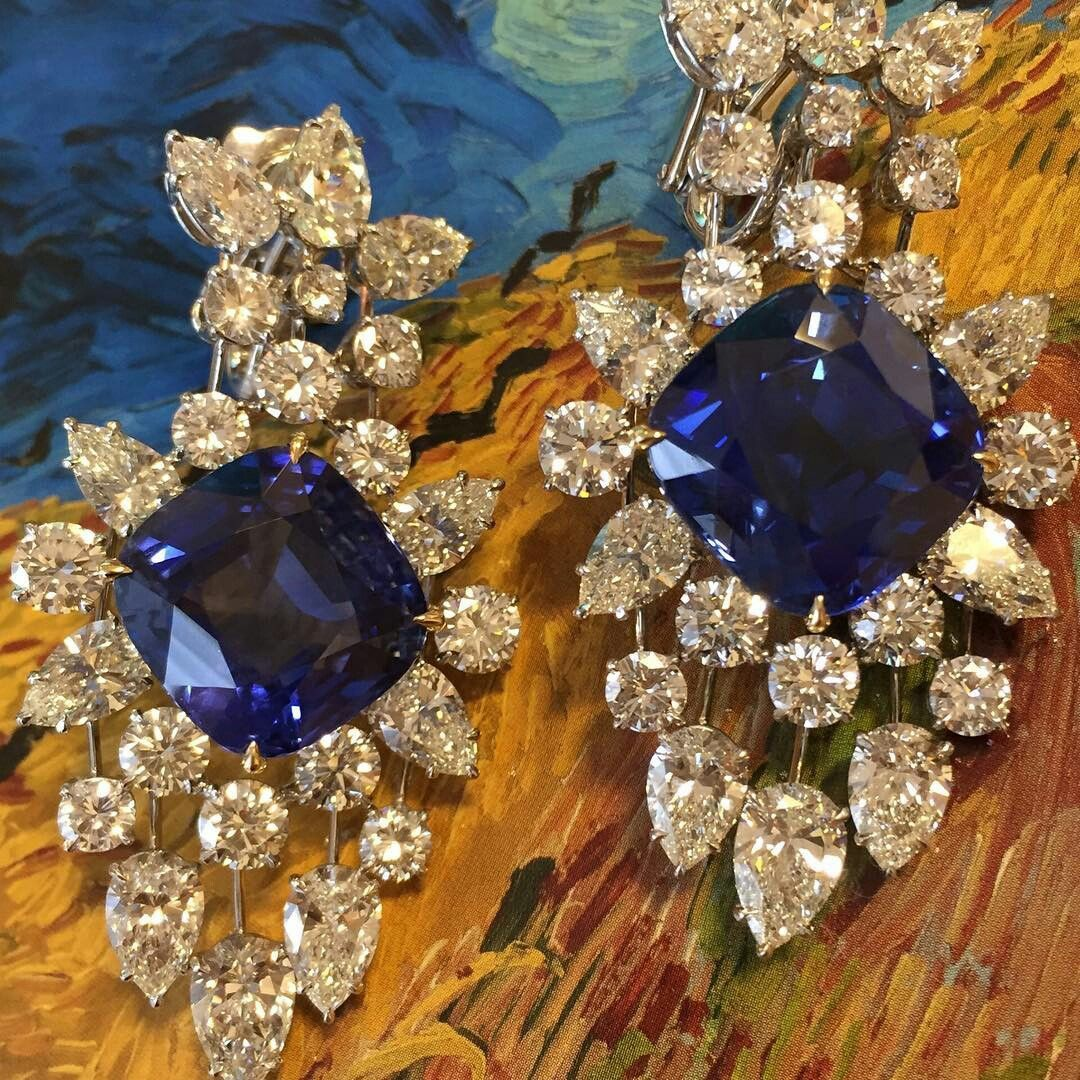 @mei_christies Dreamy Blues!  A 23.33ct Burma No Heat Sapphire and a 19.74ct Ceylon No Heat Sapphire set with 21.39 carats of diamonds. #ChristiesJewels #Earrings #EarPendants #Burma #Ceylon #Sapphire