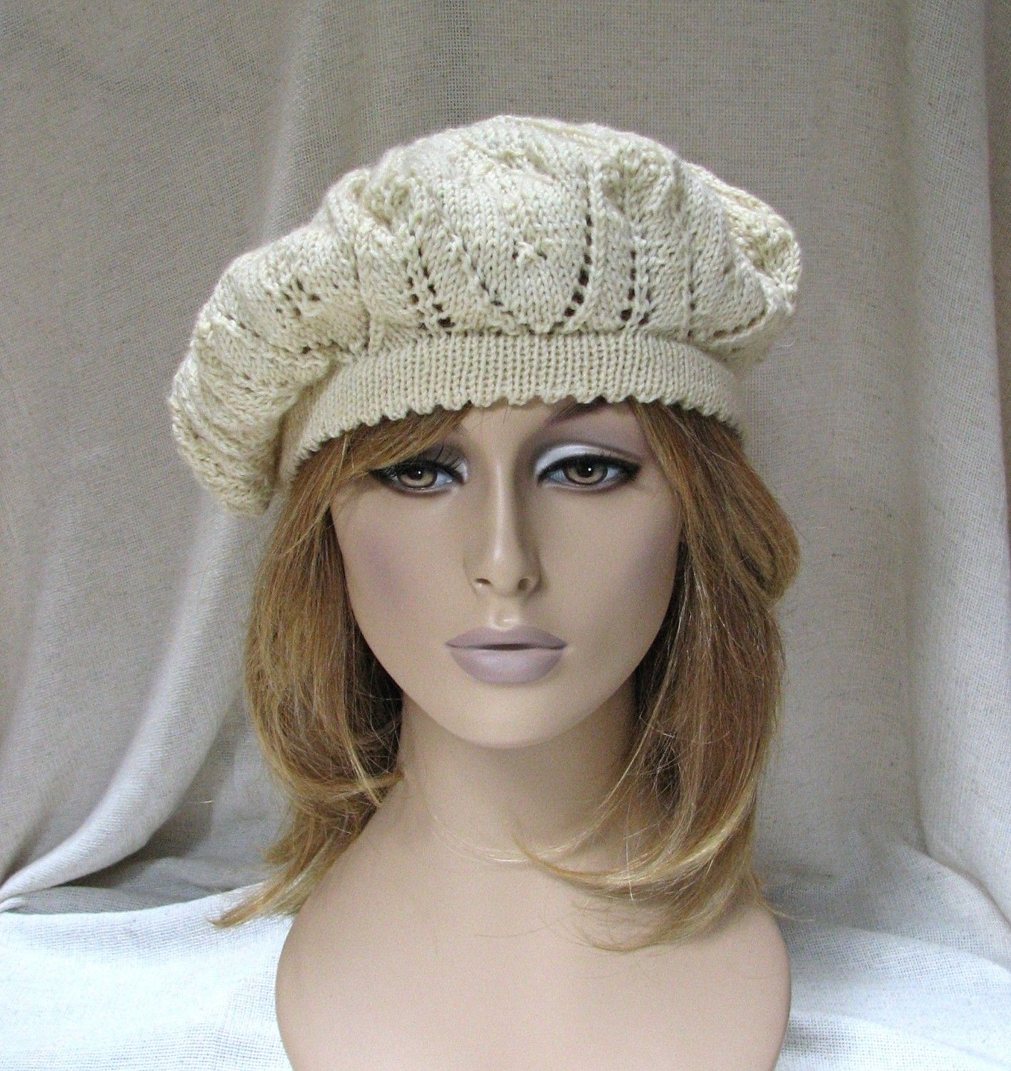 Free Knitting pattern: Carousel Hat. One of thousands of free ...