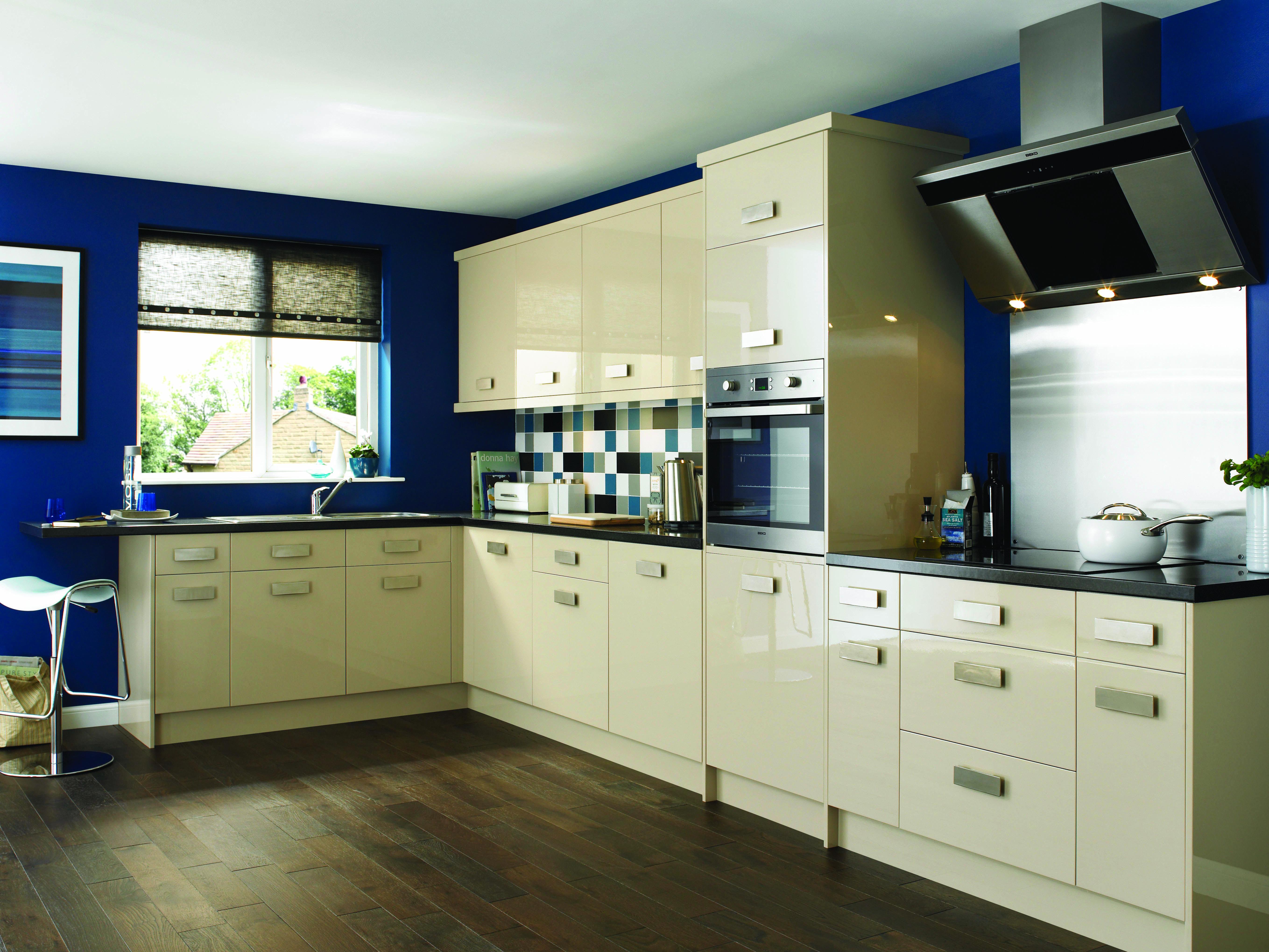 cream gloss kitchen   Fitted Kitchens   Pinterest