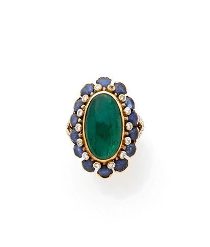 A RARE EMERALD, SAPPHIRE, DIAMOND AND GOLD RING BY RENE BOIVIN