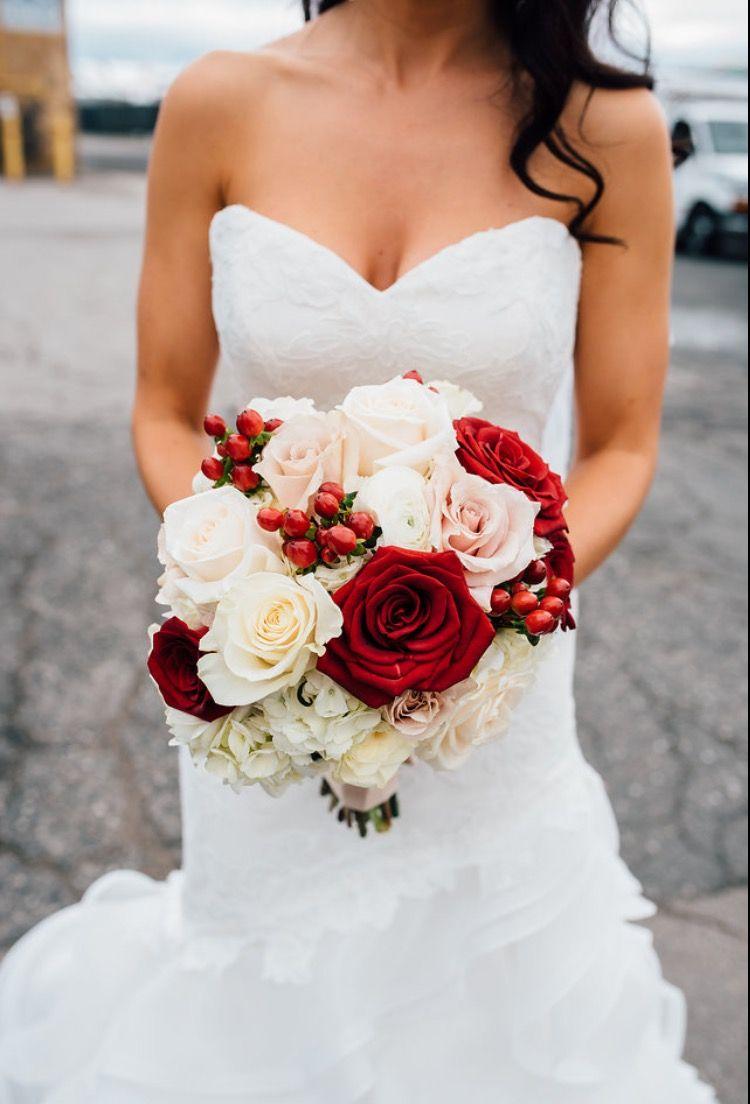 Cranberry champagne wedding - Bridal Bouquet Cranberry White Flowers Gold Champagne Cranberry Wedding Colors Cranberry Champagne Wedding Colors Red Flowers
