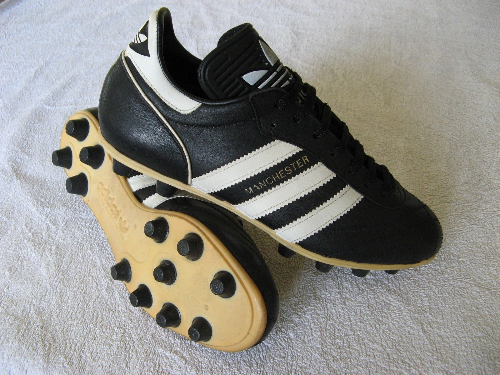 Vintage 1980's Adidas MANCHESTER Football Boots size 6 NOS