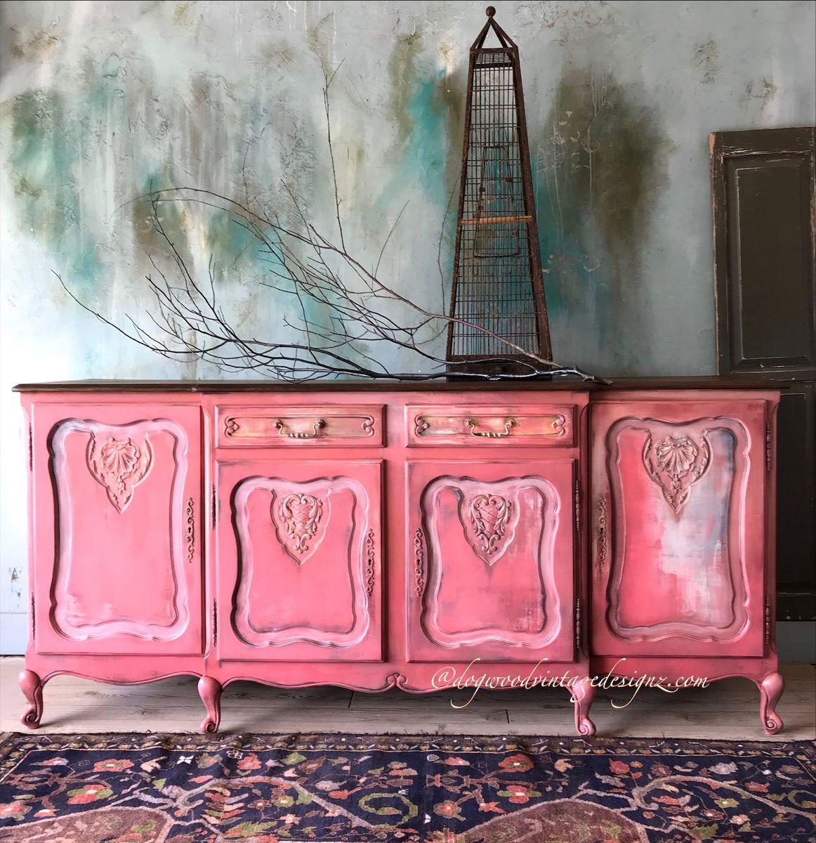 #furnitureartist #interiordesigner #diylove #beautifulhome #layered #vintage furniture #ilovetopaint #modern #romantic #mauve #moderndecor #retro #repurposedvintage #patina #bohoismyjam #bohoglam #furnitureflip #wiseowlpaint #anniesloanhome #pinkish #blush #beautifulhome #textured
