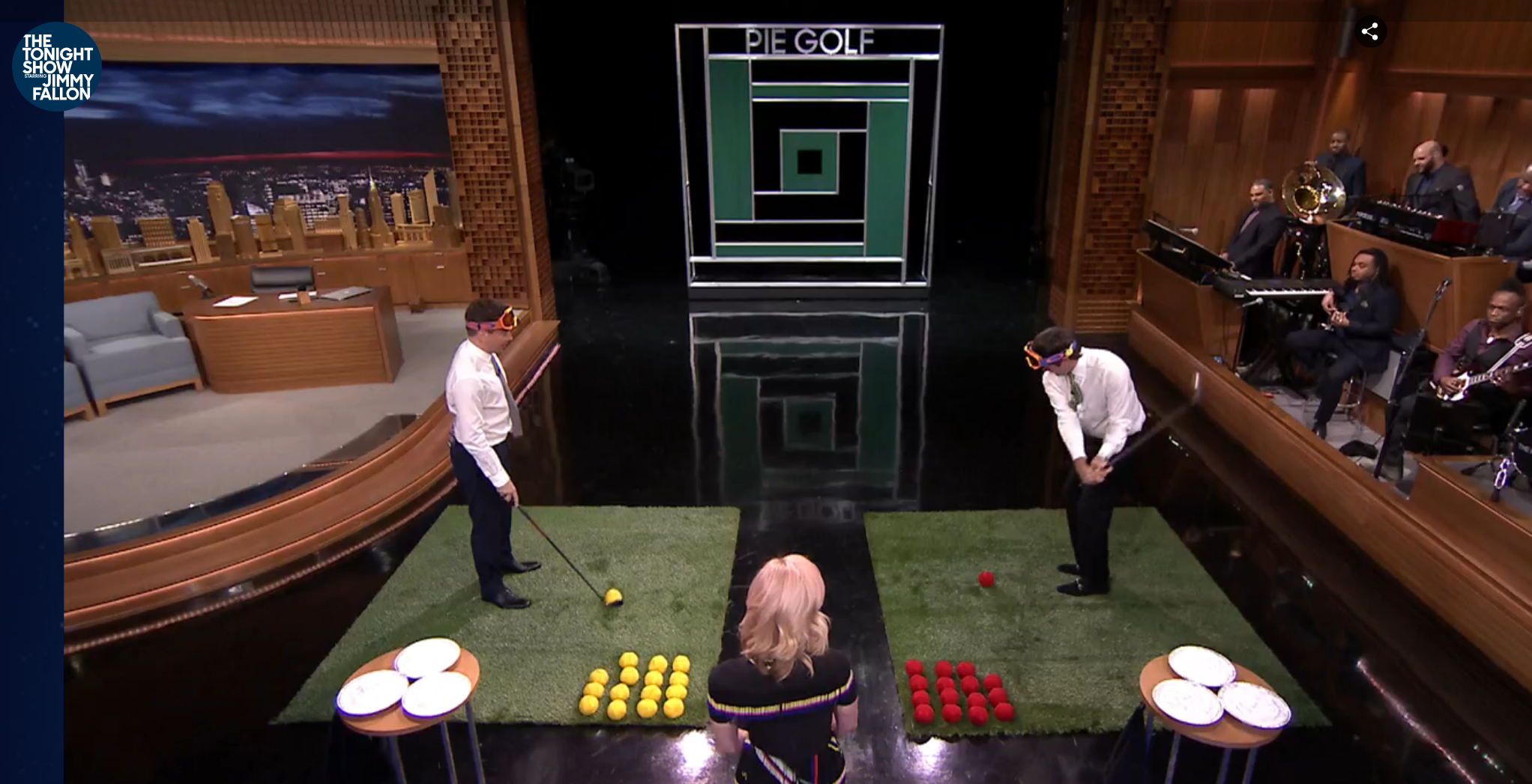 """Jimmy Fallon, January Jones, and Bubba Watson play """"Pie Golf"""" on some SYNLawn on NBC's the Tonight Show starring Jimmy Fallon."""