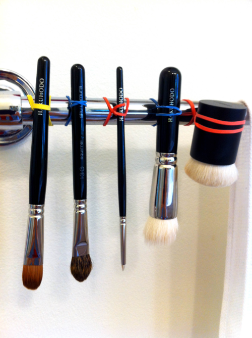 Great idea on how to dry makeup brushes! From Glossed in