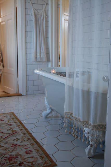 http://www.boutiquebaths.com.au/  Boutique Baths - WHITE CLASSIC  Pinterest